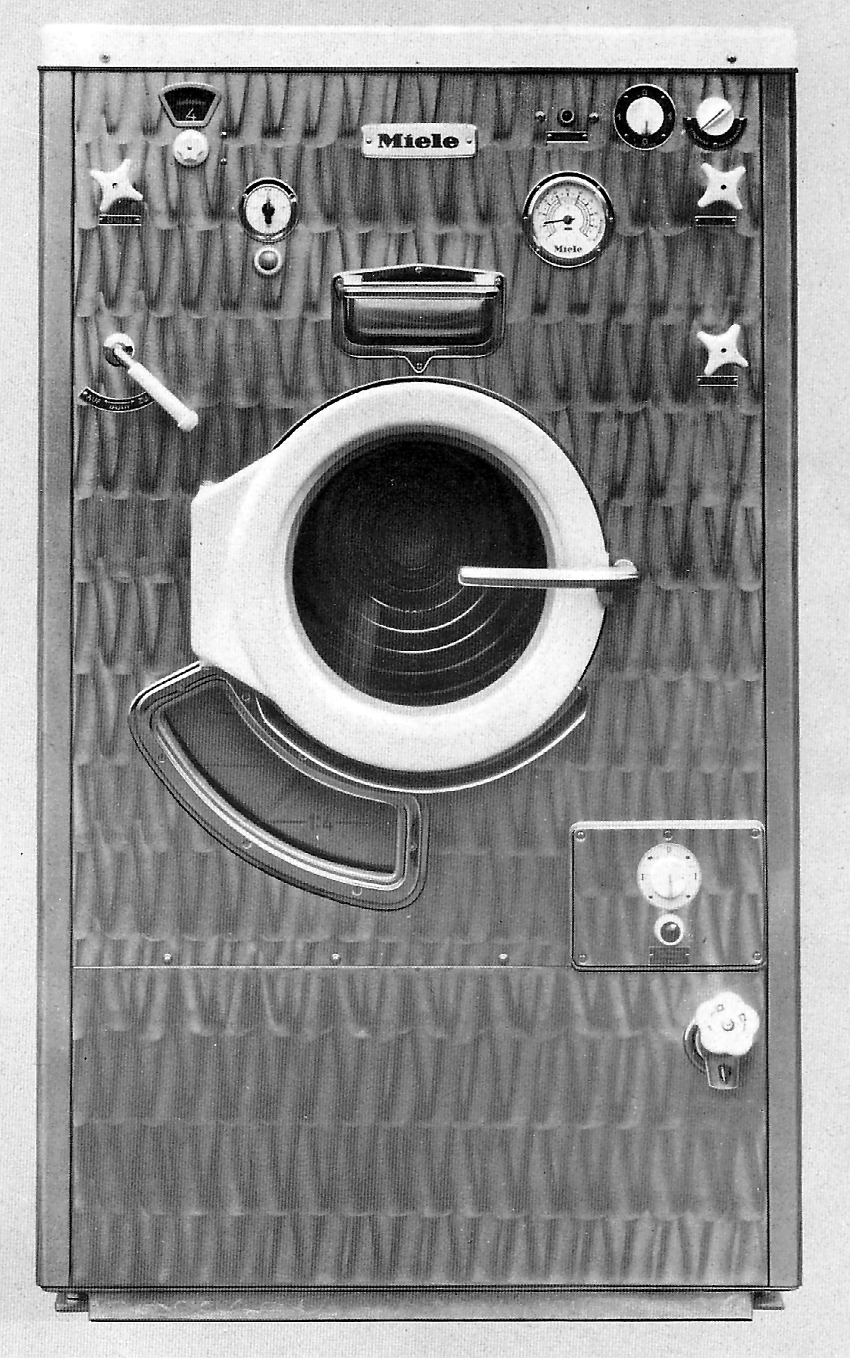 1954 1954 miele waschmaschine twa 120 fotos auf. Black Bedroom Furniture Sets. Home Design Ideas
