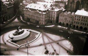 1. Prag: Altstädter Ring mit Hus-Denkmal