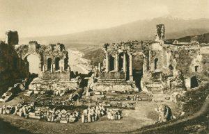 Taormina Blick gegen den Aetna, Italien