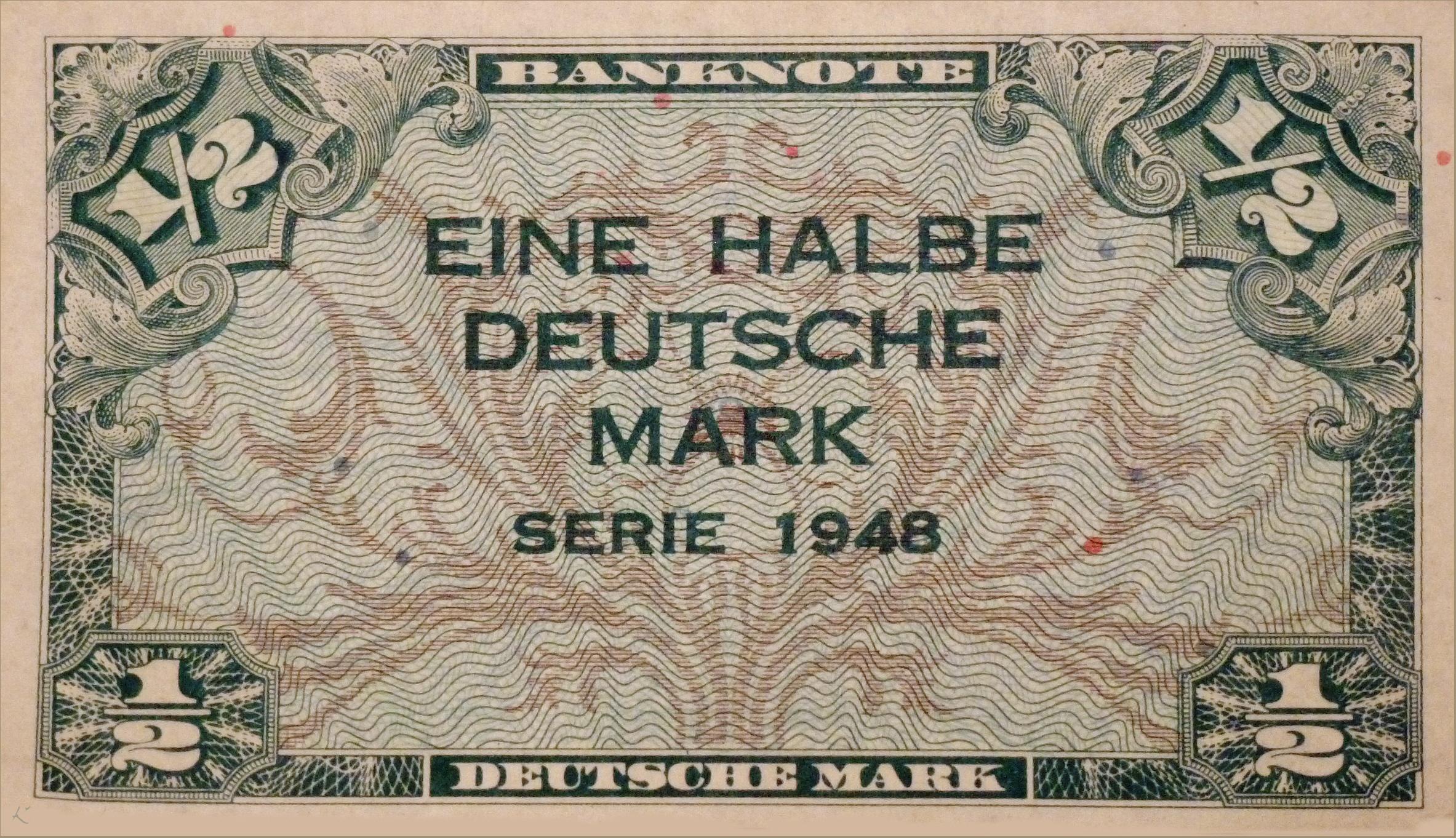 1948 Eine Halbe Deutsche Mark Fotos Auf Chroniknet Com