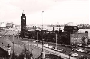 St. Pauli Landungsbruecken 1962
