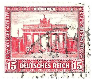 "Weimarer Republik – Nothilfe-Briefmarke ""Brandenburger Tor Berlin"" 1930"