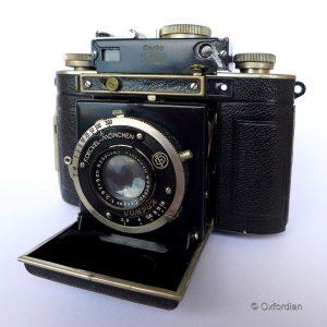 Kamera Certo Dollina II