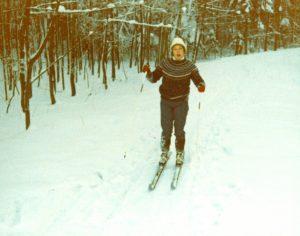 Erste Schritte auf Skiern