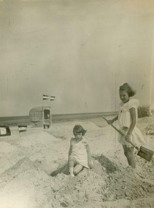 Wir bauen eine Sandburg!